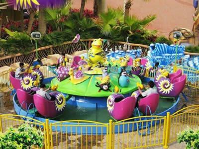 Attractive kids rides amusement snail war for sale